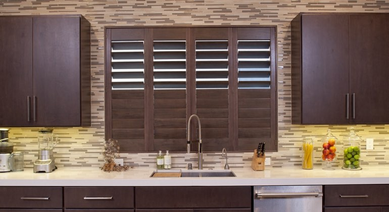 Raleigh cafe kitchen shutters